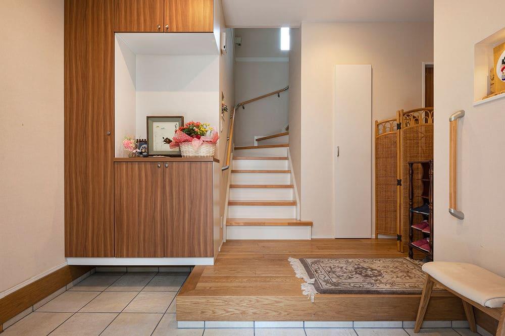 67.8坪の家の内観(玄関)