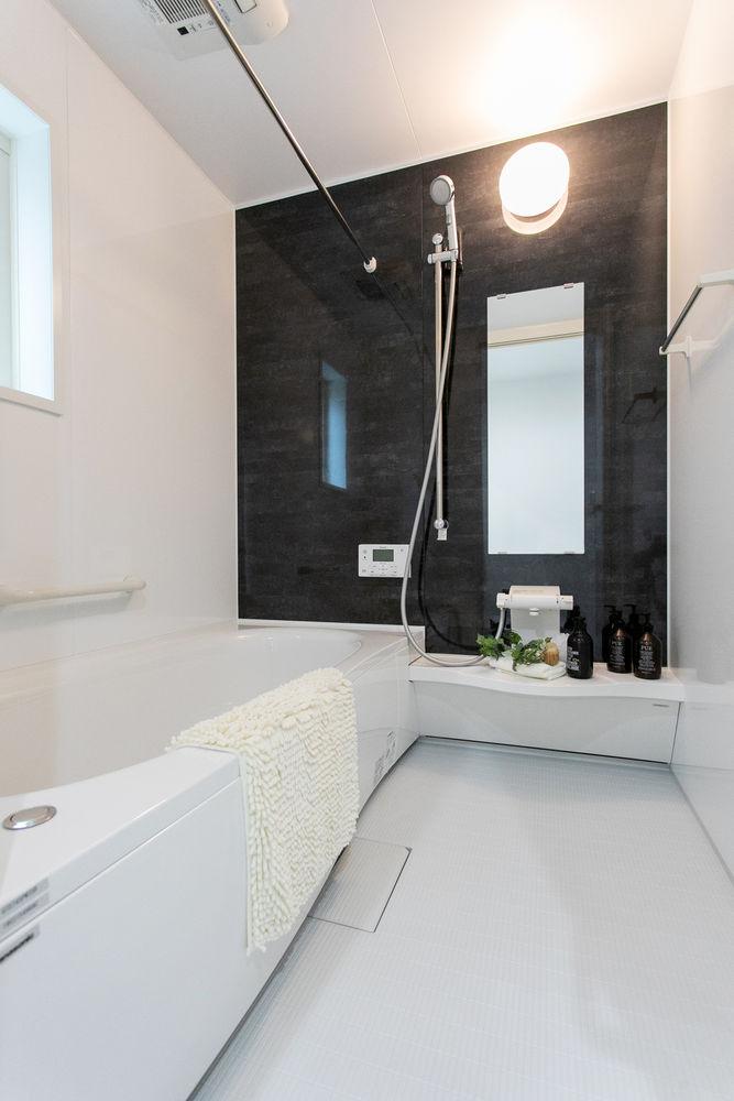27.8坪の家の内観(浴室)