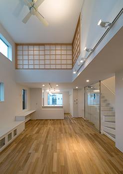 注文住宅で5000万円以上する家の内観(リビング)