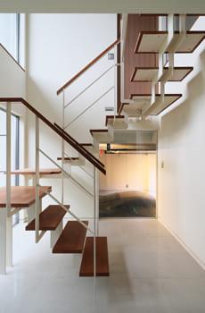 68.6坪の家の内観(階段)