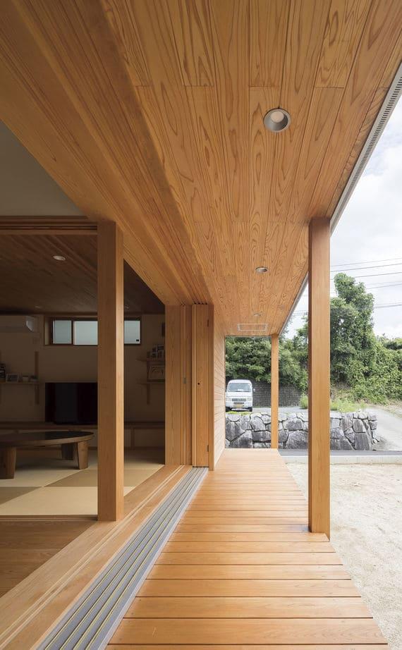 注文住宅で2000万円台の家の内観(縁側)