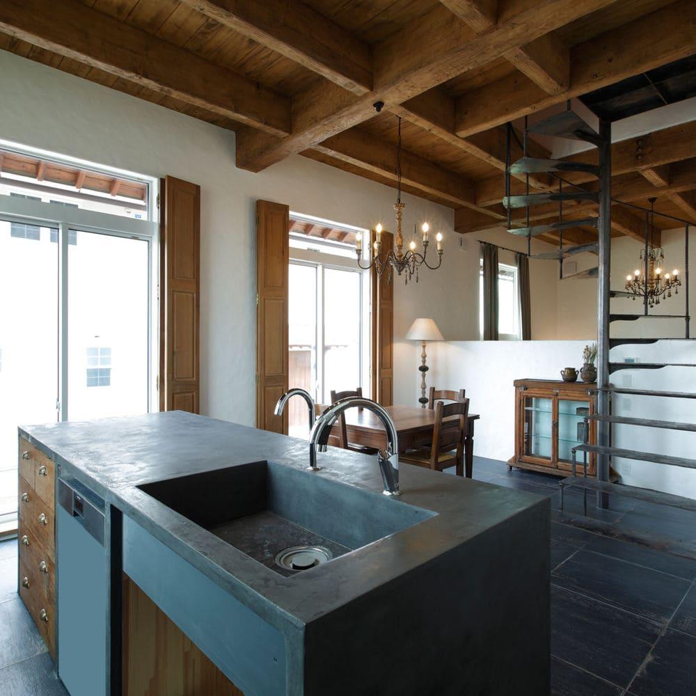 注文住宅で5000万円以上する家の内観(キッチン)