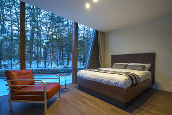 注文住宅で5000万円以上する家の内観(寝室)