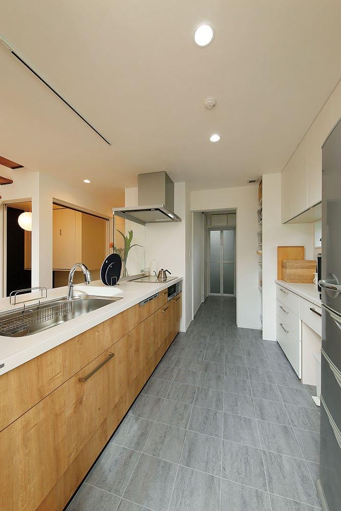 1,670万円の家の内観(キッチン)