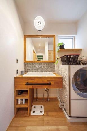 3階建ての家の洗面室