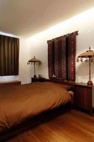 3階建ての家の寝室